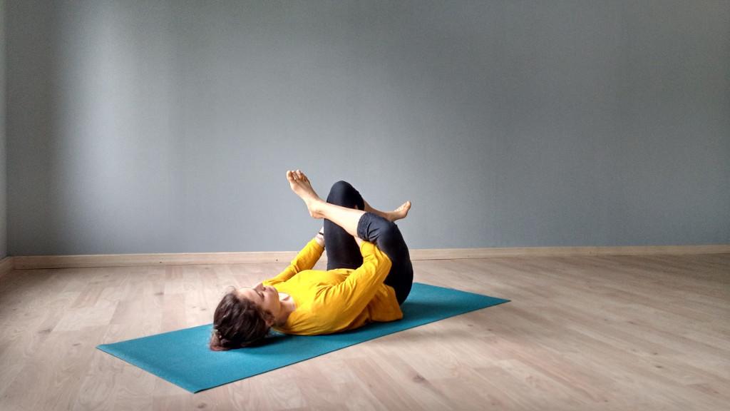 Ari Pallé Yoga Eka pada rajakapotasana Prep
