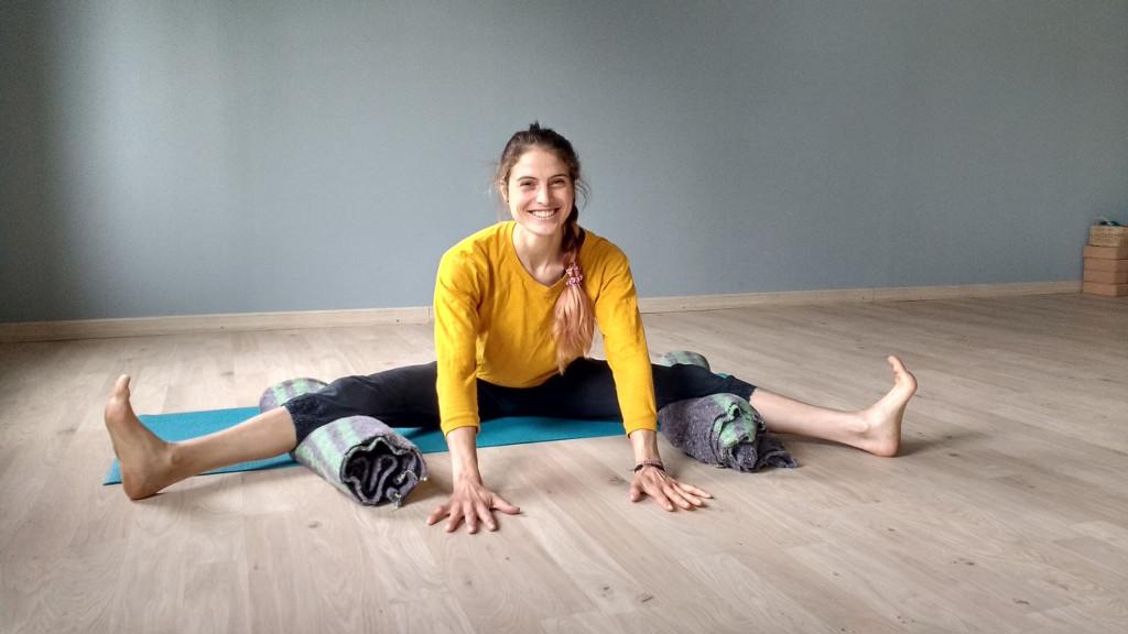 Ari Pallé Yoga Upavista Konasana