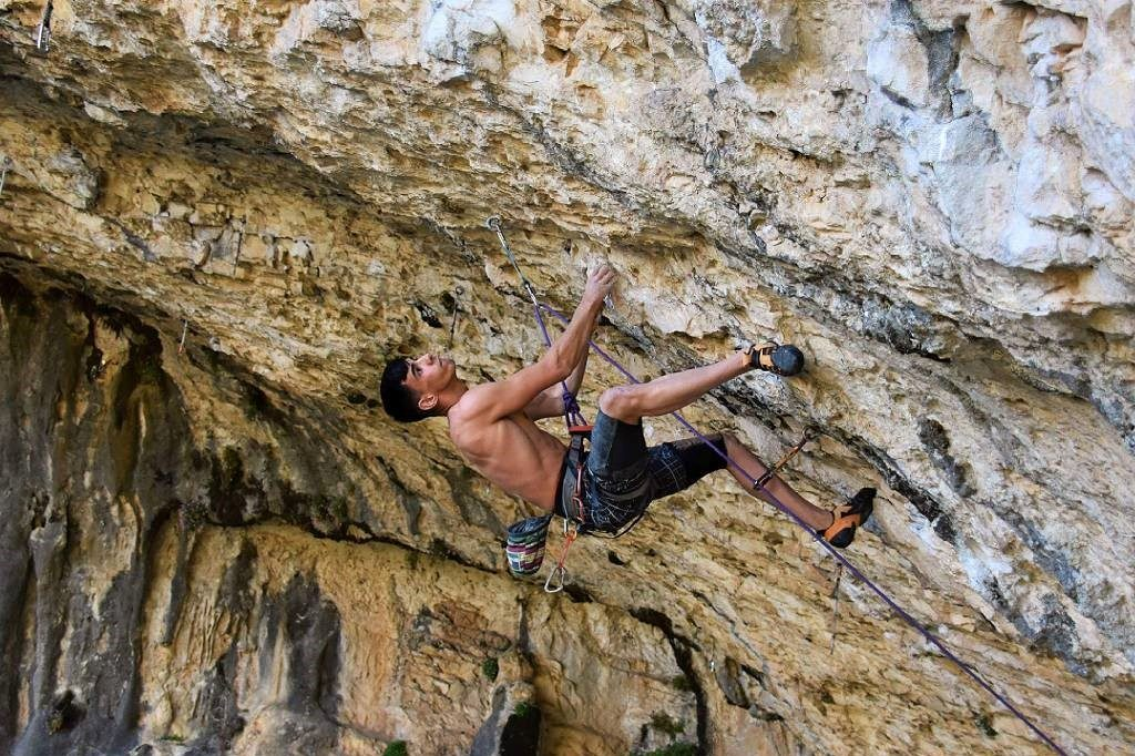 Escalador Jorge Díaz-Rullo en 'Ali Hulk Extension' 9a+ Rodellar