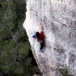 Wolfgang Güllich escalando en 'Queda Usted Despedido' 7c+ Can Rebotat Siurana 3