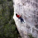 Wolfgang Güllich escalando en 'Queda Usted Despedido' 7c+ Can Rebotat Siurana 5