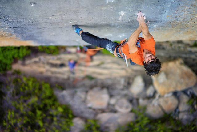 Jon Cardwell escalando 'Biographie'