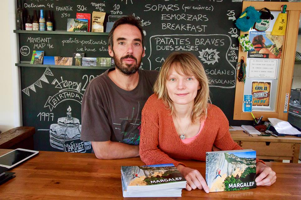 Vicent Palau y Maya Ayupova autores guía escalada Margalef