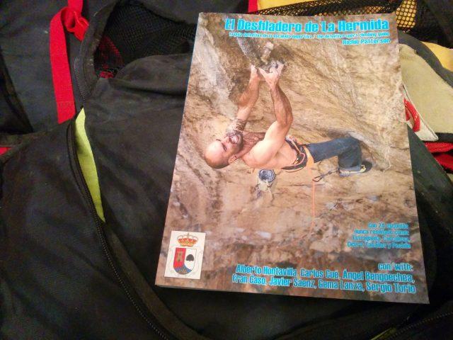 Portada guía escalada desfiladero de La Hermida