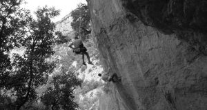 Ramonet escalando 'Suction' 8b+ Sadernes