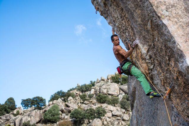 Carlos Ruano escalando 'Esperanza'