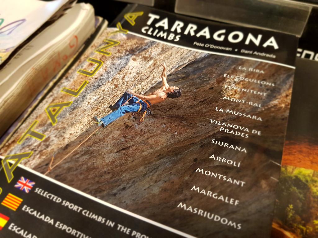 Resultat d'imatges de guia escalada margalef