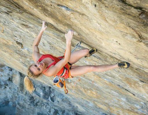 Julia Chanourdie escalando 'Ground Zero' 9a