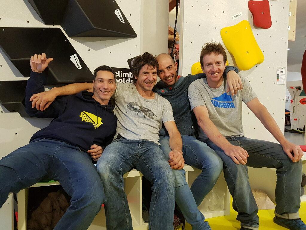 Christian Llavero con el equipo de Squadra