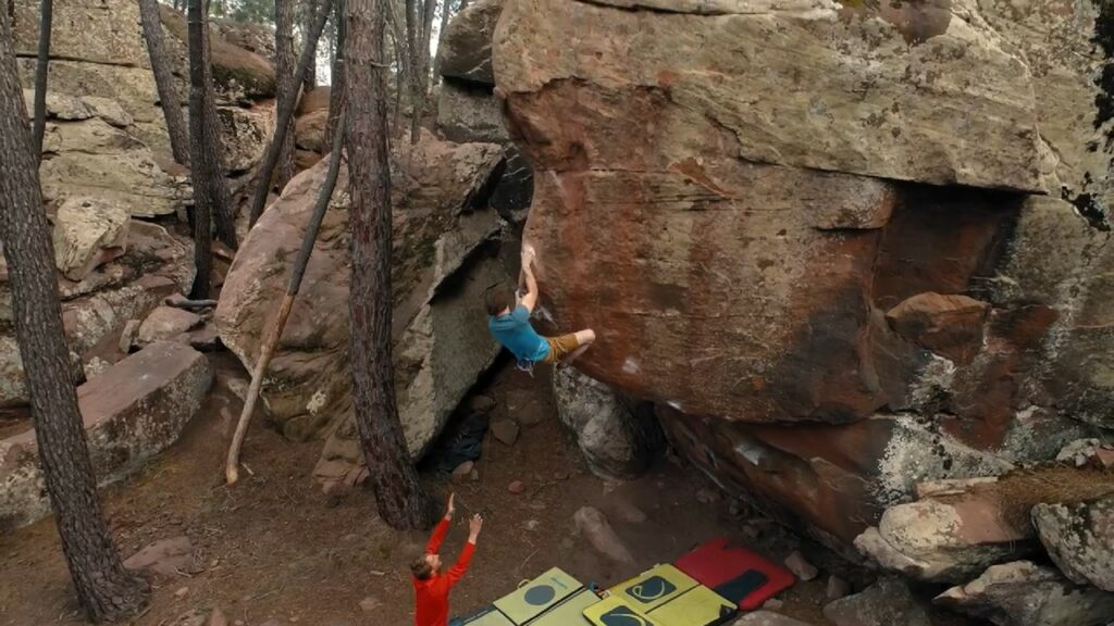 Nils Favre en Zartako 8A+, Albarracín