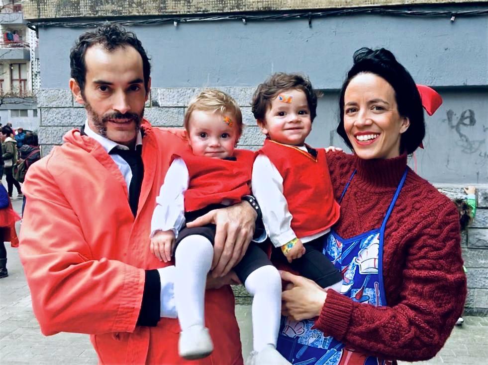 Familia Lasaga de Carnavales en Aretxabaleta