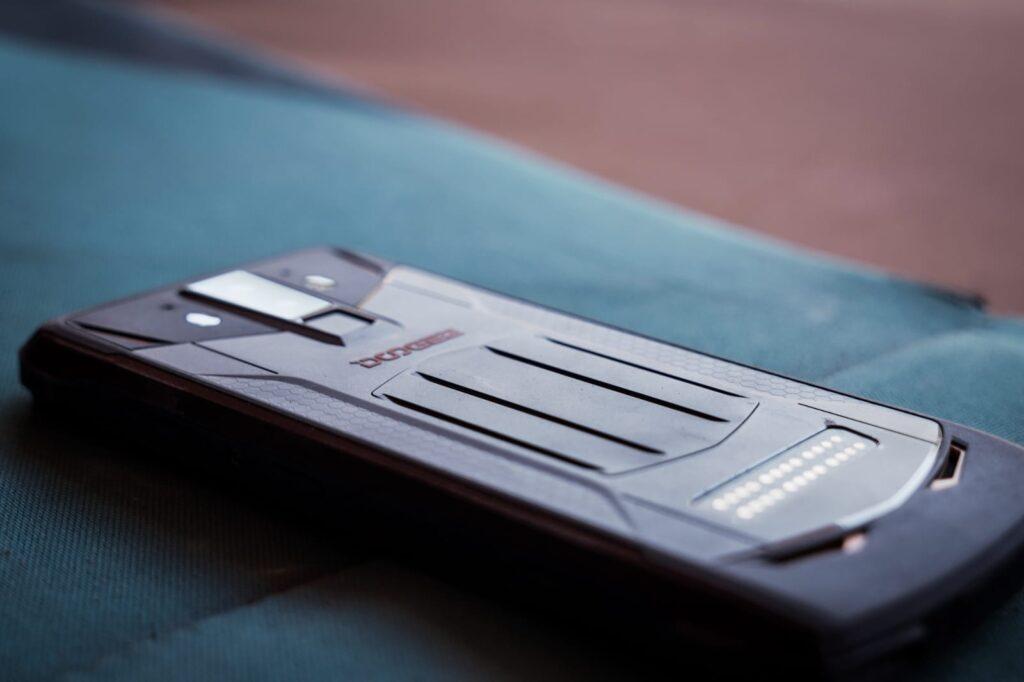 Doogee S90 parte trasera