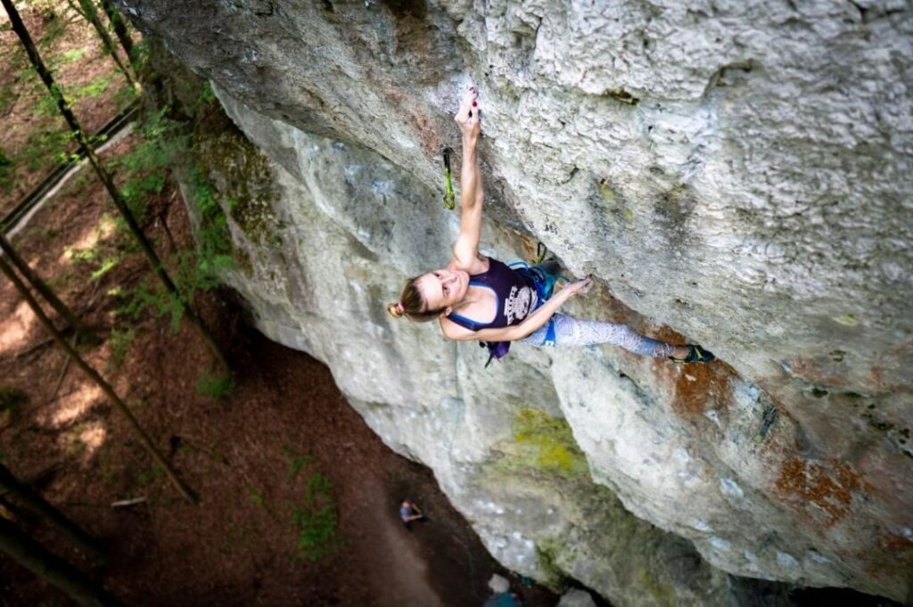 Chiara Hanke en 'Sever the Wicked Hand' 9a