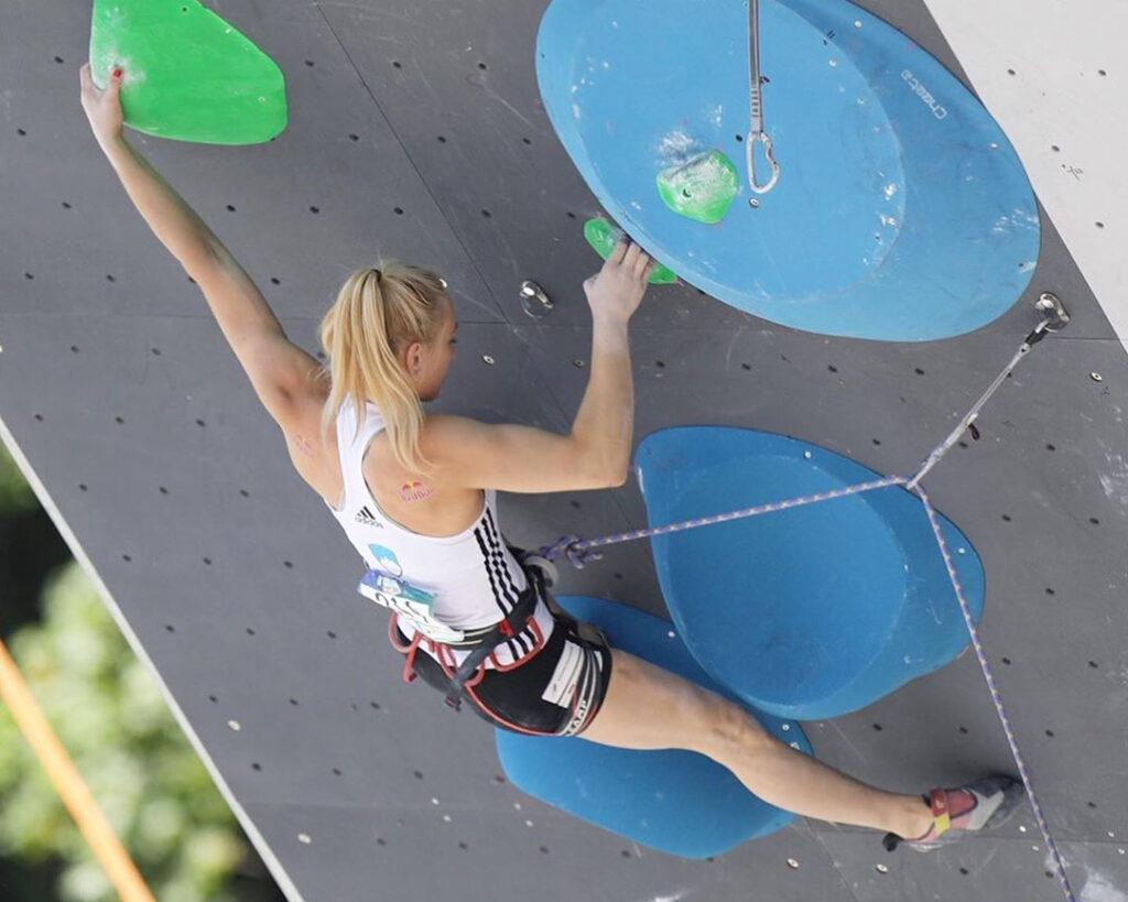Janja Garnbret escaladora de Eslovenia