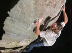 Daniel Woods escalando en Cocalzinho