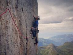 Gorka Karapeto escalando en la cara norte del Eiger