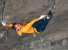 Pete Whittaker escalando The Recovery Drink