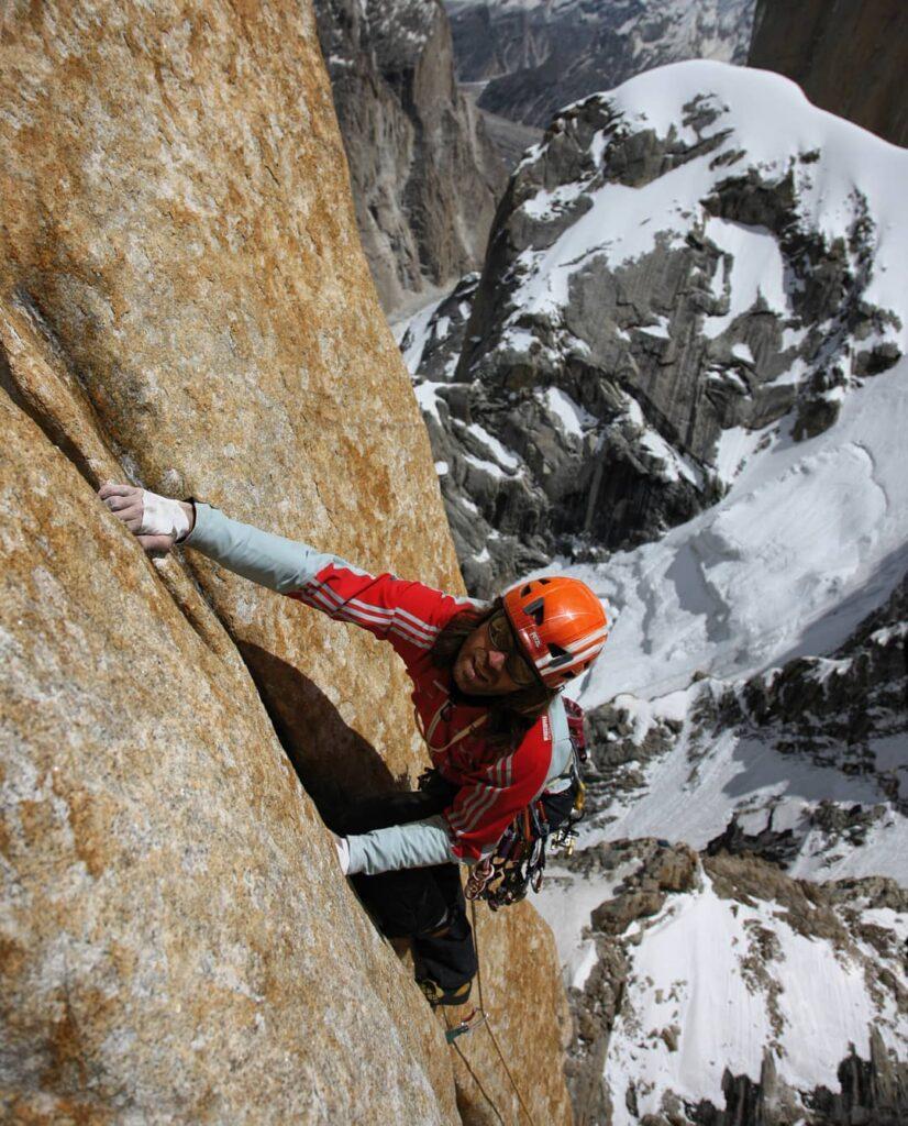 Thomas Huber escalando Eternal Flame
