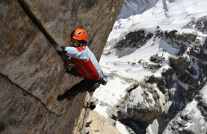 Alex Huber escalando 'Eternal Flame'