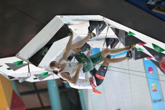 Jakob Schubert en el techo final en Arco