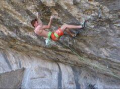 Loic Zehani escalando 'Le Poisson Pilote'