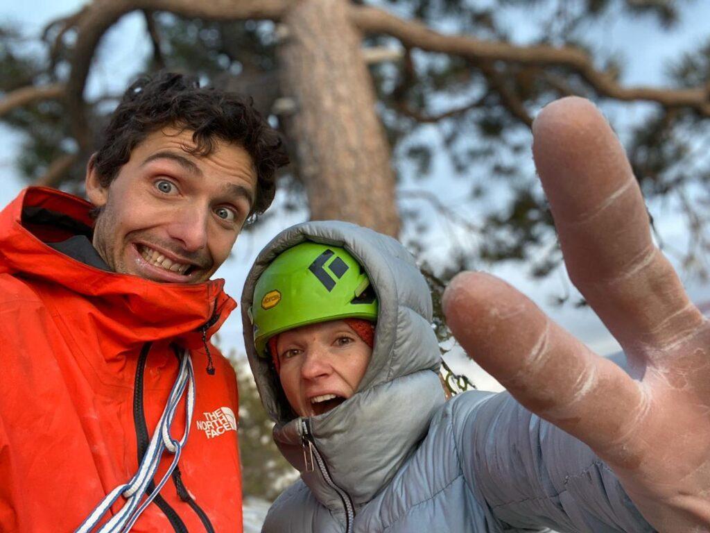 Jacopo Larcher y Barbara Zangerl en la cima de El Capitan