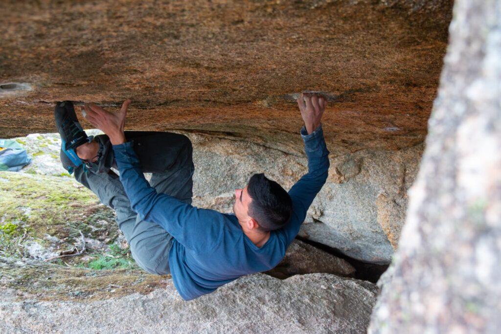 Jorge Díaz-Rullo escalando en Torrelodones