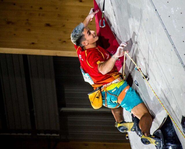 Alberto Ginés escalador