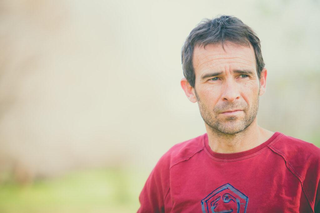 Retrato de Javipec fotógrafo de escalada