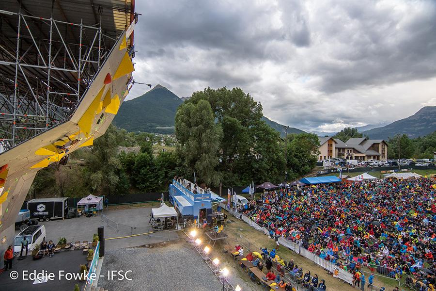 Competición de escalada en Briançon