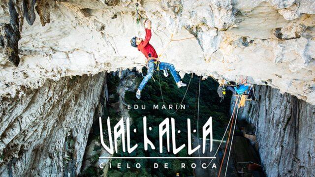 Edu Marín escalando Valhalla