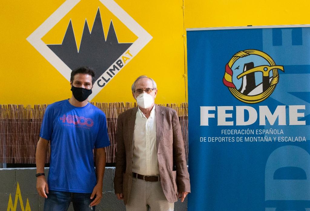 Firma convenio FEDME-Climbat