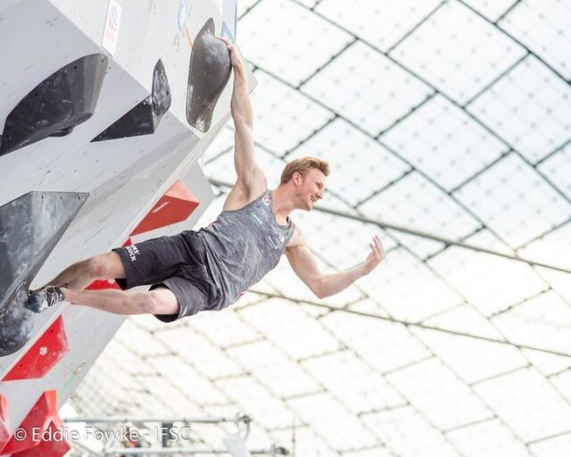 Jakob Schubert en la Copa del Mundo de Boulder de Múnich 2019