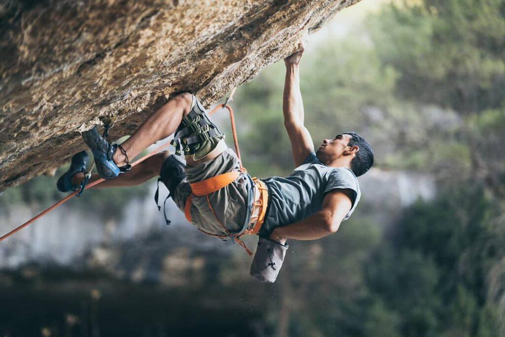 Jorge Diaz-Rullo escalando en Margalef