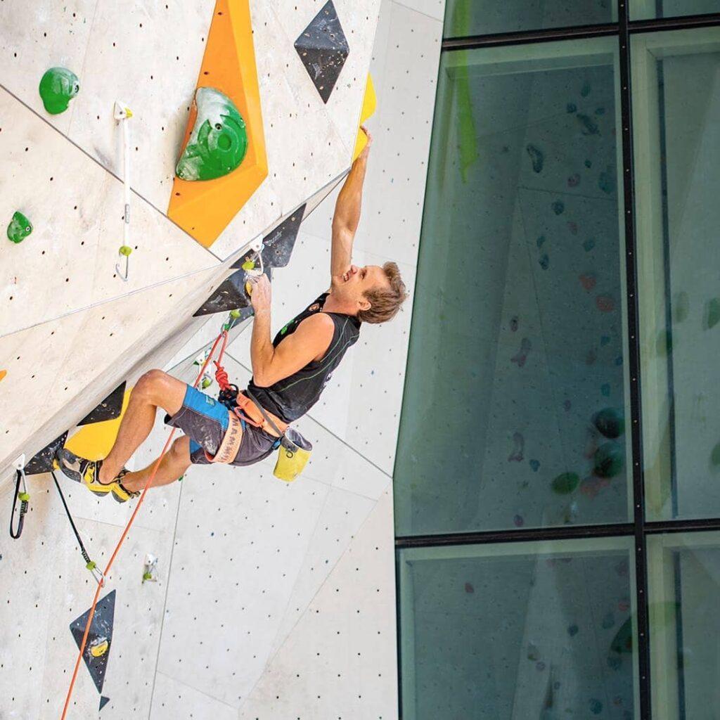 Michael Piccolruaz escalador italiano