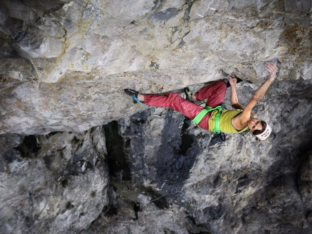 Angy Eiter en Madame Ching 9b