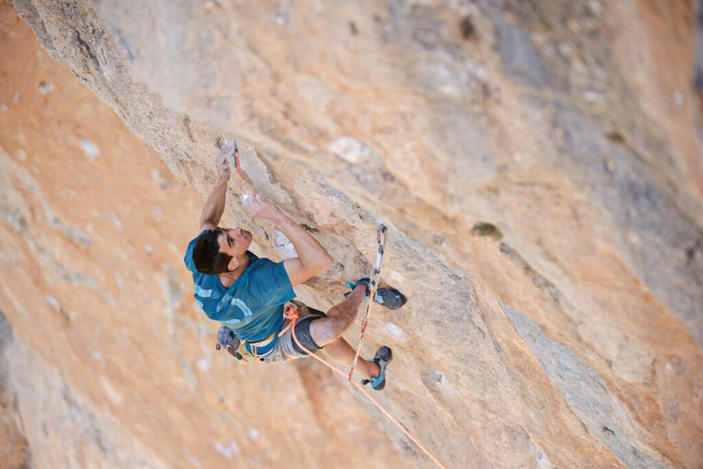 Jorge Díaz-Rullo escalando 'La Rambla'