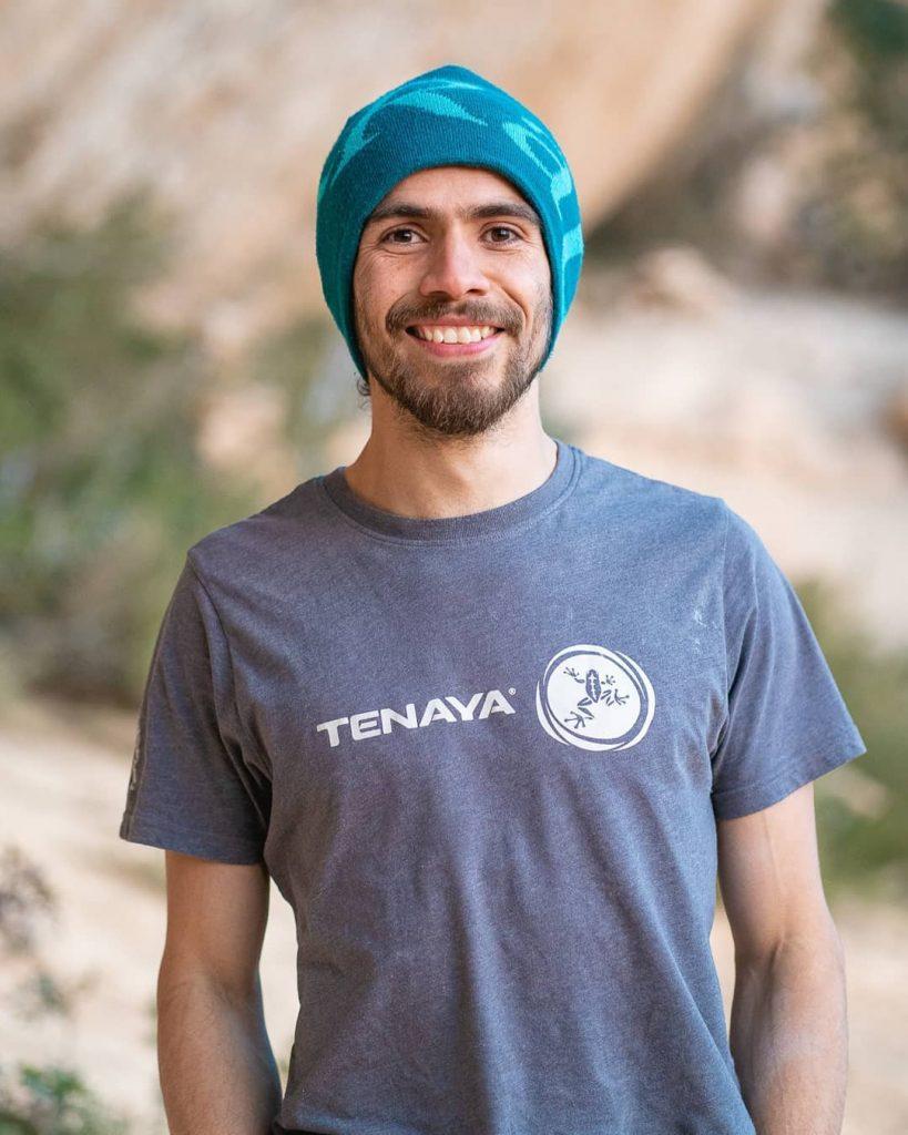 Anghelo Bernal escalador