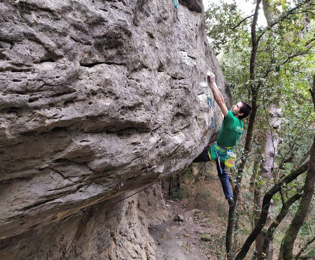 Ramonet escalando en Savassona