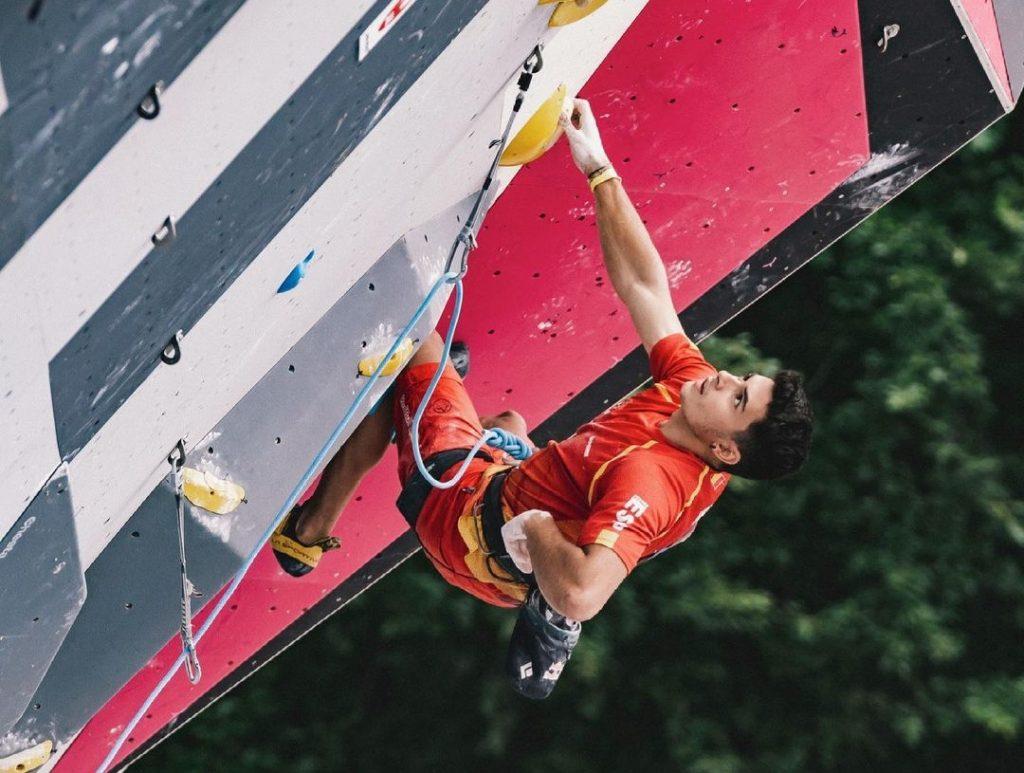 Alberto Ginés escalador olímpico