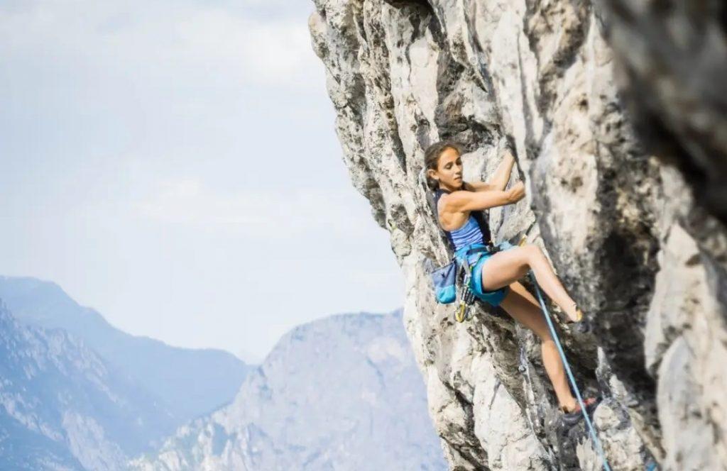 Laura Rogora escaladora profesional