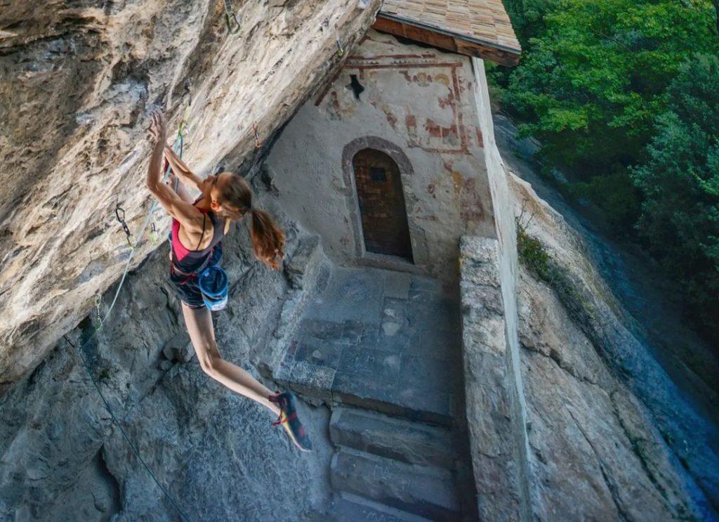 Laura Rogora escalando Erebor